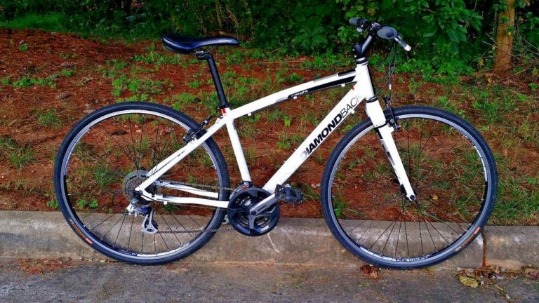 Diamondback Bicycles 2014 Trace Dual Sport Bike with 700c wheels Review